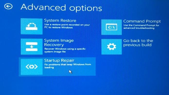 Dapat mengembalikan Windows ke keadaan sebelumnya  Membuka Startup Options Saat Windows Tidak Dapat Booting
