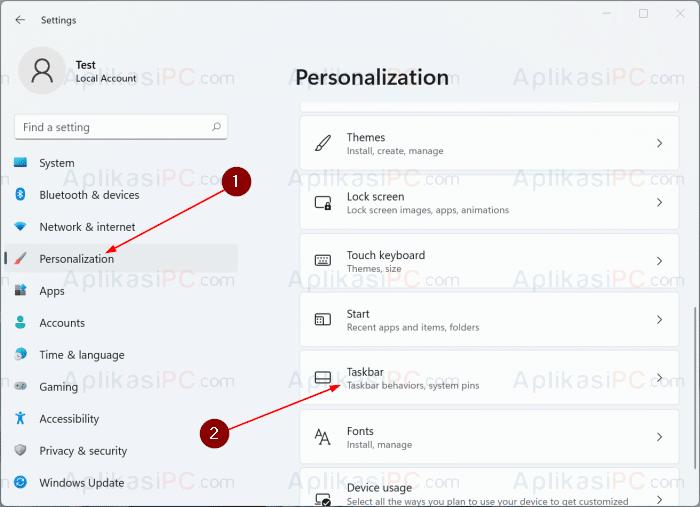 Settings - Personalization - Taskbar